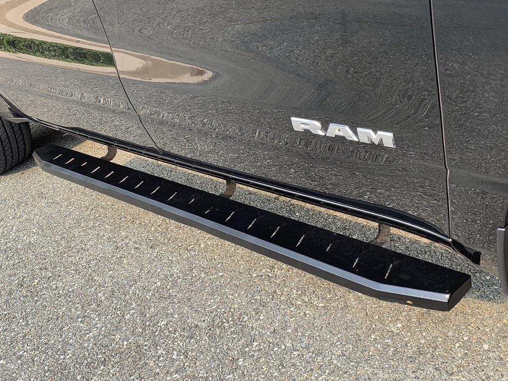 2019 Ram 1500 Crew Cab 4x4, Pickup #CLD4399A - photo 12