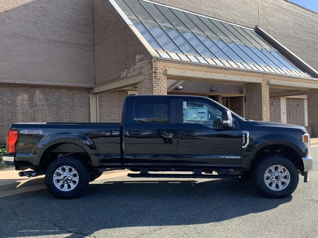 2020 Ford F-250 Crew Cab 4x4, Pickup #CEE64086 - photo 3