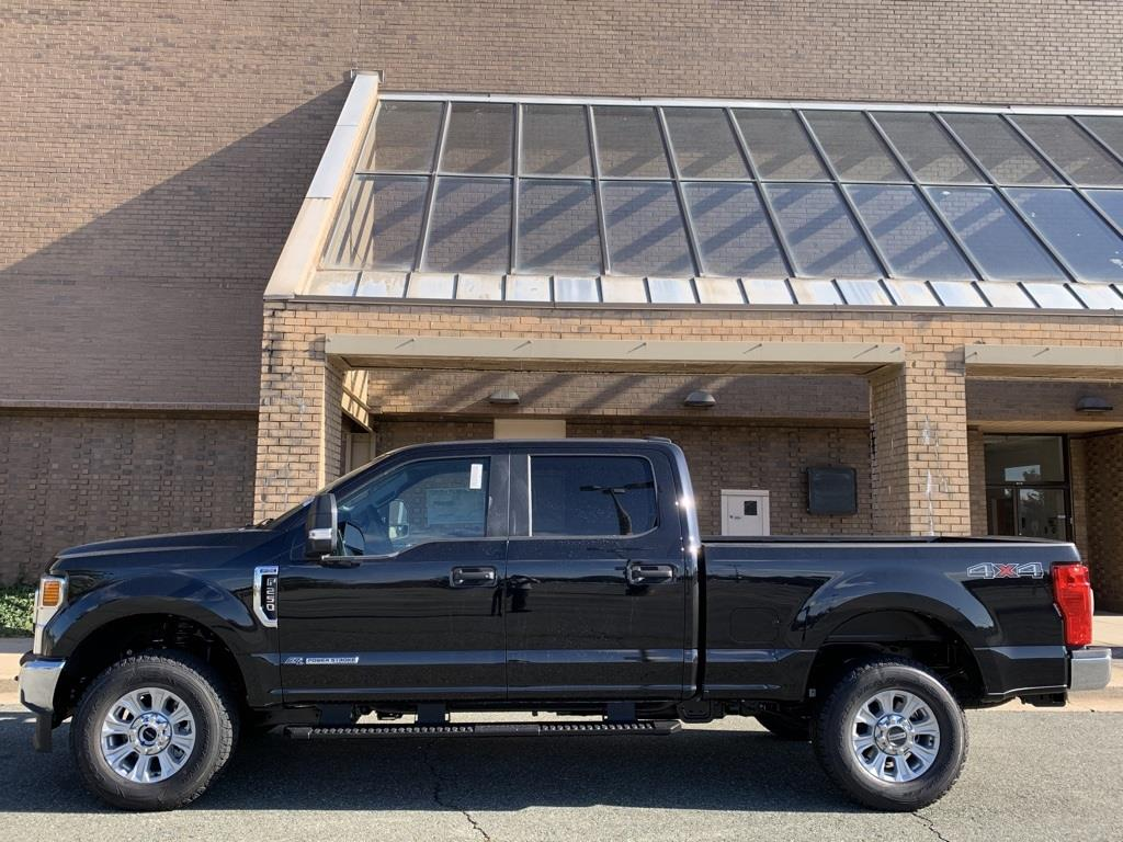 2020 Ford F-250 Crew Cab 4x4, Pickup #CEE64086 - photo 8