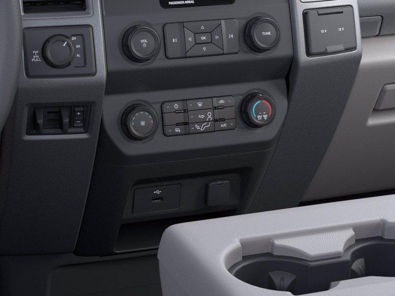 2020 Ford F-250 Regular Cab 4x4, Western Pickup #CEE79582 - photo 17