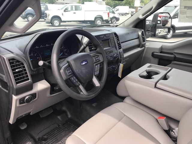 2019 F-250 Regular Cab 4x2, Pickup #CEF32334 - photo 9