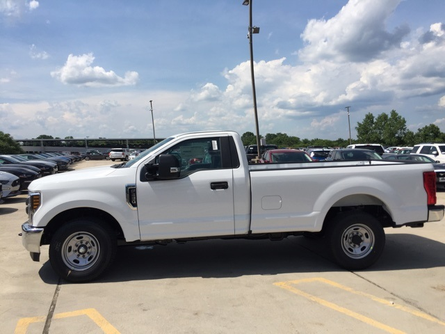 2019 F-250 Regular Cab 4x4, Pickup #CEF63841 - photo 7