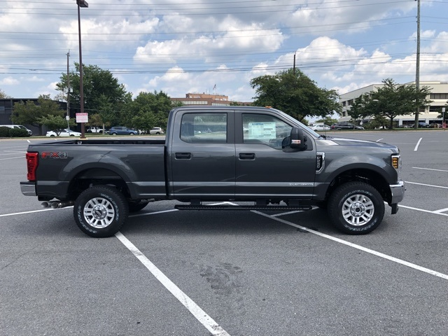2019 F-250 Crew Cab 4x4,  Pickup #CEF68328 - photo 4
