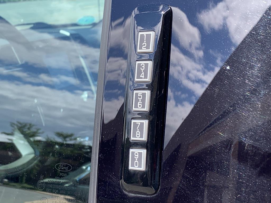 2018 Ford F-150 SuperCrew Cab 4x4, Pickup #CFA4656B - photo 17