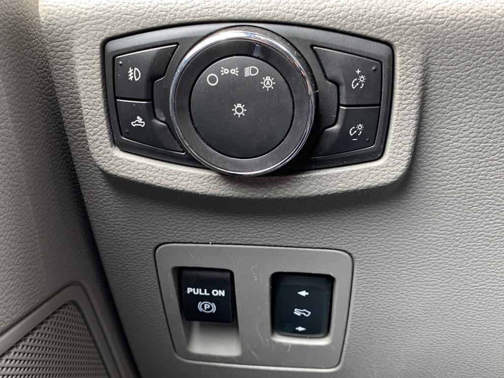 2015 Ford F-150 SuperCrew Cab 4x4, Pickup #CFB2517A - photo 62