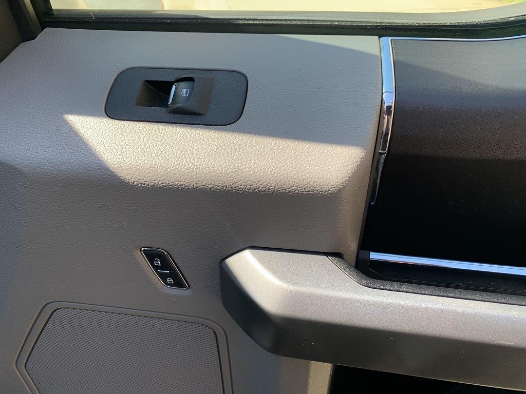 2015 Ford F-150 SuperCrew Cab 4x4, Pickup #CFB4696C - photo 40
