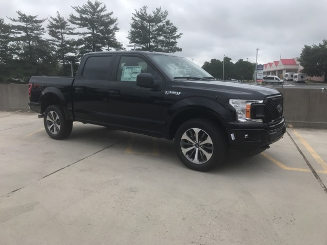 2019 F-150 SuperCrew Cab 4x4, Pickup #CFC61000 - photo 5