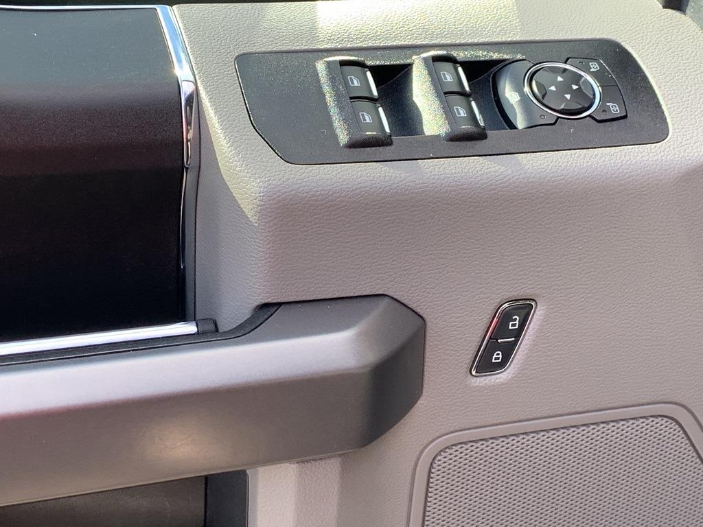 2020 Ford F-150 SuperCrew Cab 4x4, Pickup #CP99199 - photo 34