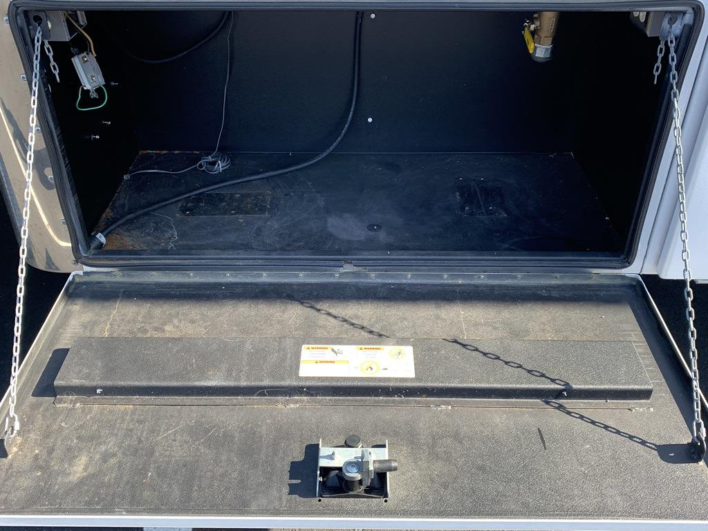 2015 Ford F-750 Crew Cab DRW 4x2, Dry Freight #CR99309 - photo 25