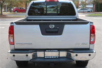 2017 Nissan Frontier Crew Cab 4x4, Pickup #CS26780B - photo 10