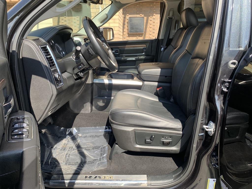 2018 Ram 1500 Crew Cab 4x4,  Pickup #CUZ5081 - photo 28