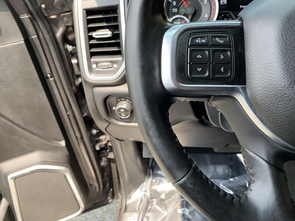 2019 Ram 3500 Crew Cab DRW 4x4, Pickup #CZ00122 - photo 8