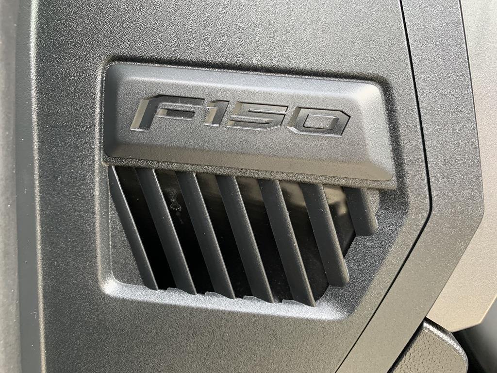 2018 Ford F-150 SuperCrew Cab 4x4, Pickup #CZ00259 - photo 34