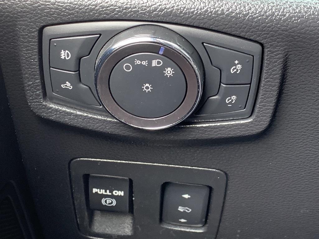 2018 Ford F-150 SuperCrew Cab 4x4, Pickup #CZ00259 - photo 59
