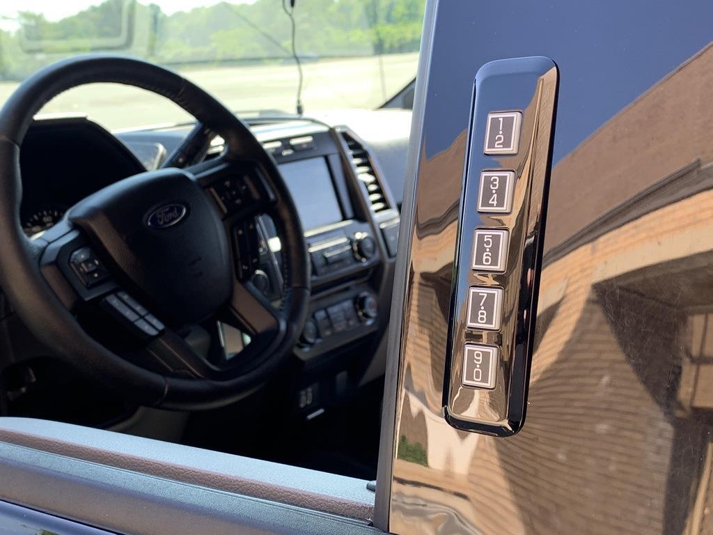 2016 Ford F-150 SuperCrew Cab 4x4, Pickup #CZ00509 - photo 13