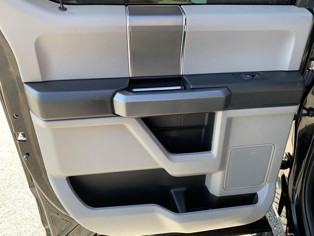 2016 Ford F-150 SuperCrew Cab 4x4, Pickup #CZ00509 - photo 35