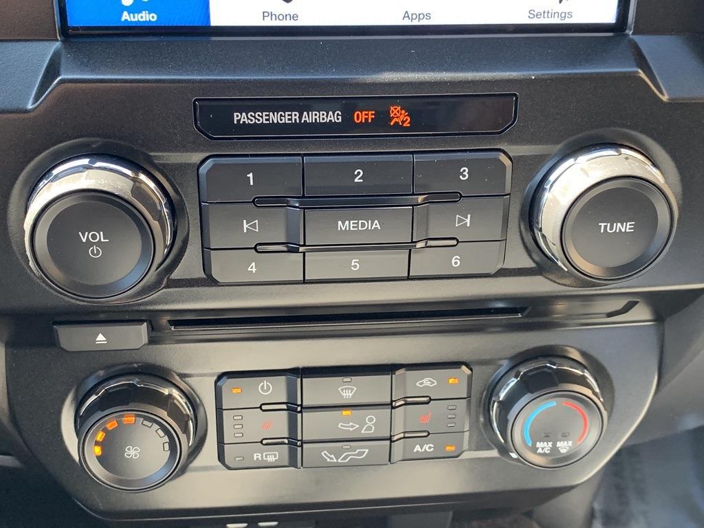 2016 Ford F-150 SuperCrew Cab 4x4, Pickup #CZ00509 - photo 49