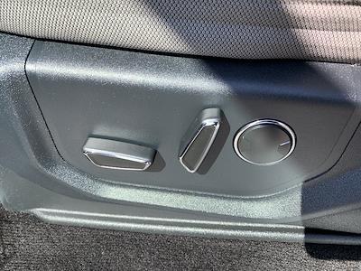 2016 Ford F-150 SuperCrew Cab 4x4, Pickup #CZ00509 - photo 33