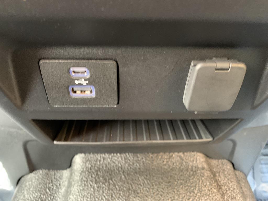 2020 Ford F-350 Crew Cab 4x4, Pickup #CZ01079 - photo 45