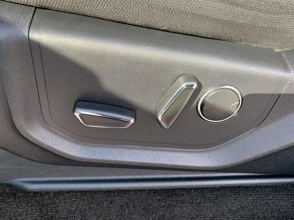 2015 Ford F-150 SuperCrew Cab 4x4, Pickup #CZ01124 - photo 40