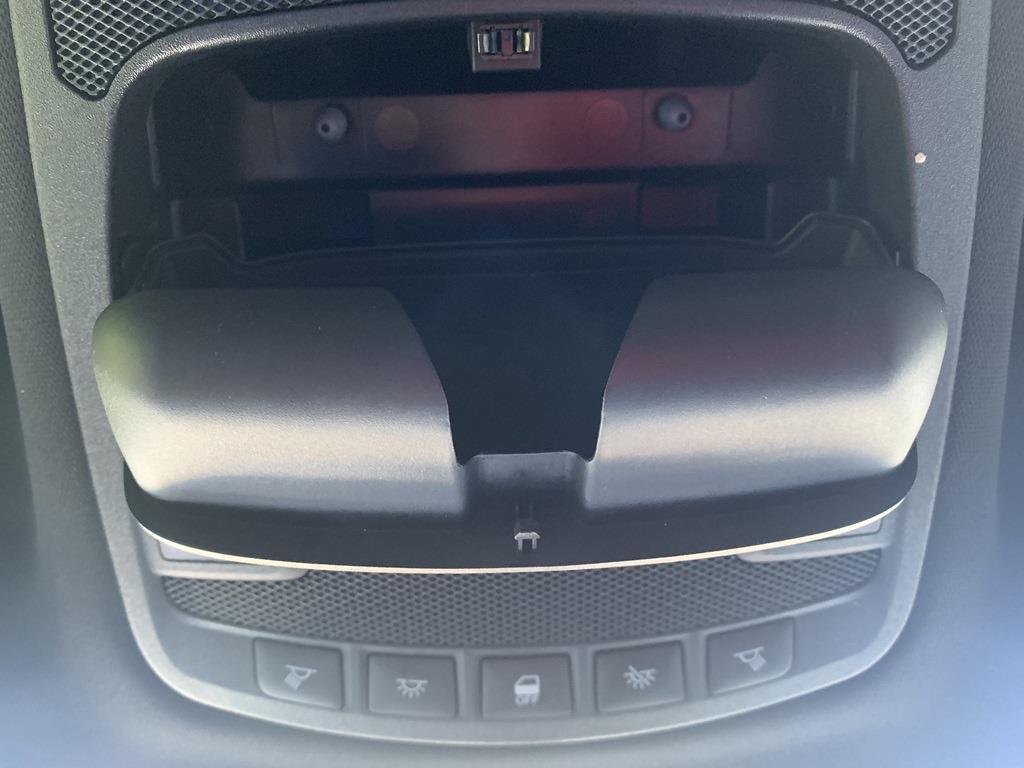 2015 Ford F-150 SuperCrew Cab 4x4, Pickup #CZ01124 - photo 64