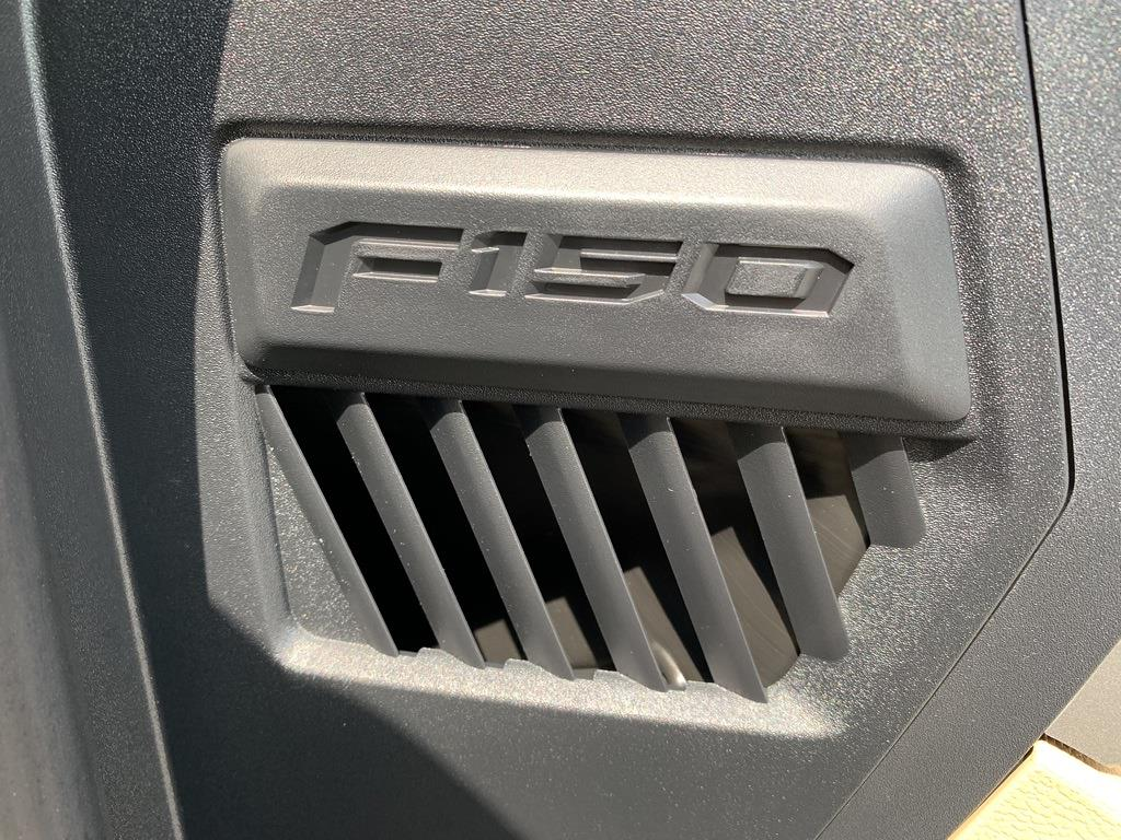 2020 Ford F-150 SuperCrew Cab 4x4, Pickup #CZ01143 - photo 32