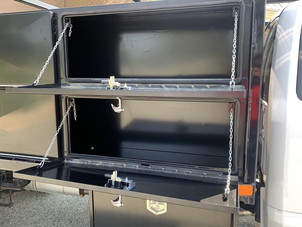 2019 F-550 Regular Cab DRW 4x2,  PJ's Truck Bodies Platform Body #CZ01172 - photo 12