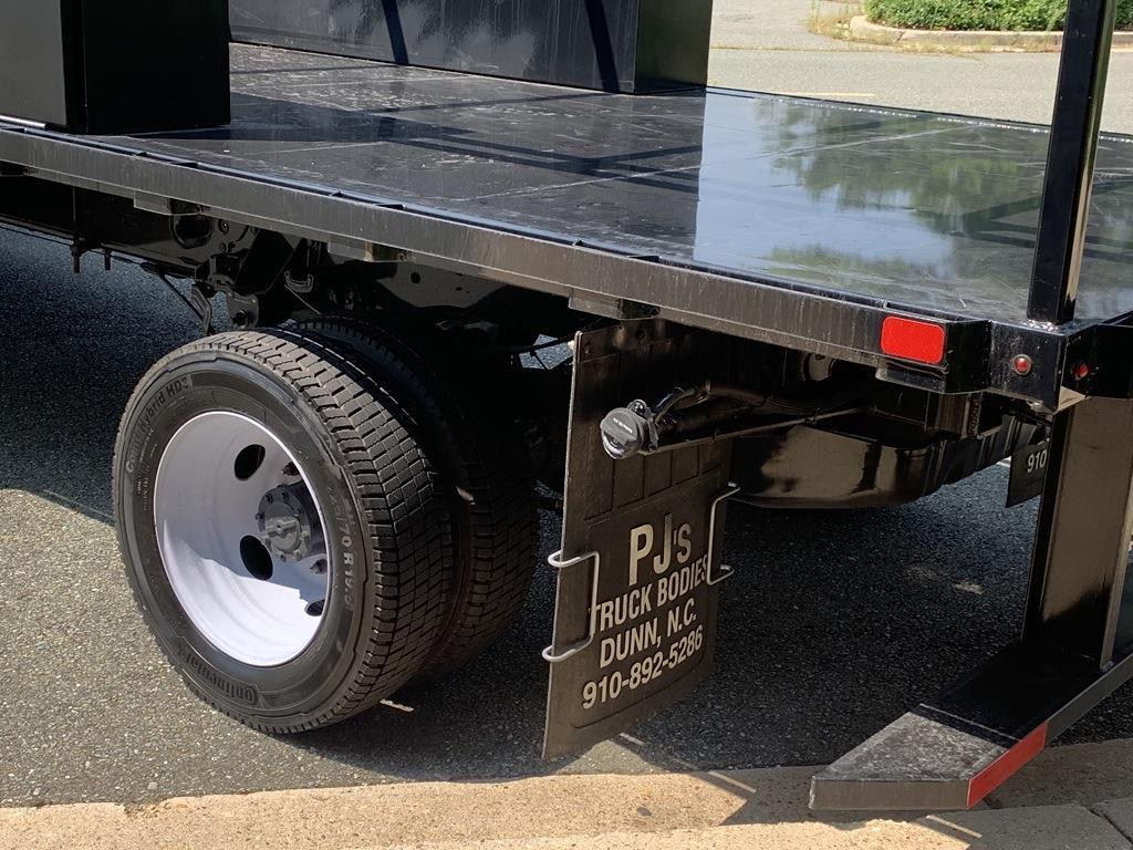 2019 F-550 Regular Cab DRW 4x2,  PJ's Truck Bodies Platform Body #CZ01172 - photo 15