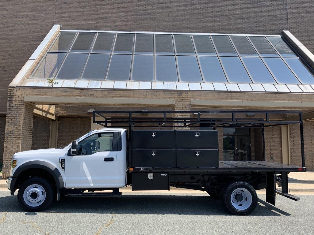2019 F-550 Regular Cab DRW 4x2,  PJ's Truck Bodies Platform Body #CZ01172 - photo 21