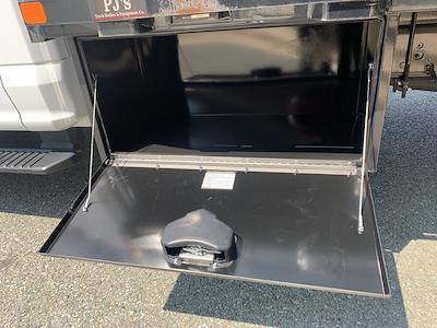2019 F-550 Regular Cab DRW 4x2,  PJ's Truck Bodies Platform Body #CZ01172 - photo 17
