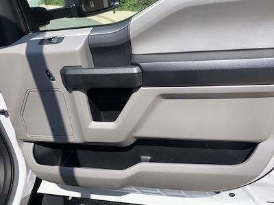 2019 F-550 Regular Cab DRW 4x2,  PJ's Truck Bodies Platform Body #CZ01172 - photo 37