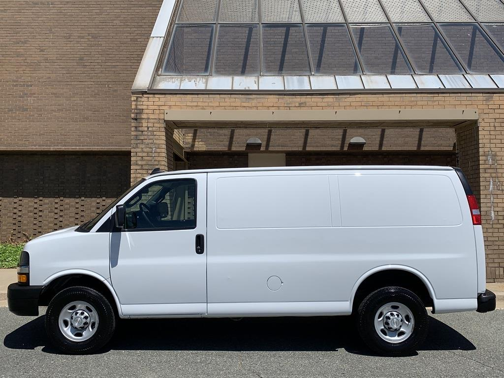 2019 Chevrolet Express 2500 4x2, Empty Cargo Van #CZ99409 - photo 10