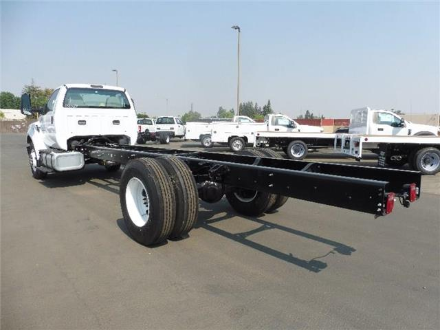 2018 F-650 Regular Cab DRW 4x2,  Cab Chassis #6D04027 - photo 2