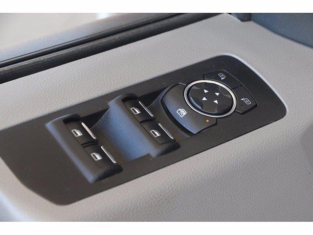 2018 Ford F-150 Super Cab 4x4, Pickup #P18301 - photo 11