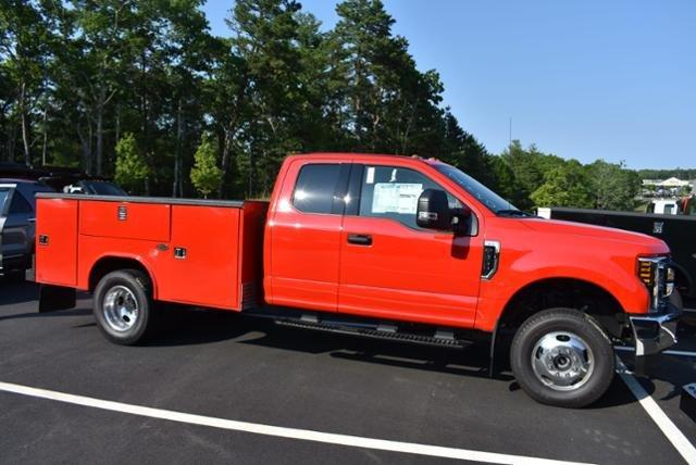 2018 F-350 Super Cab DRW 4x4,  Reading Service Body #N7040 - photo 3