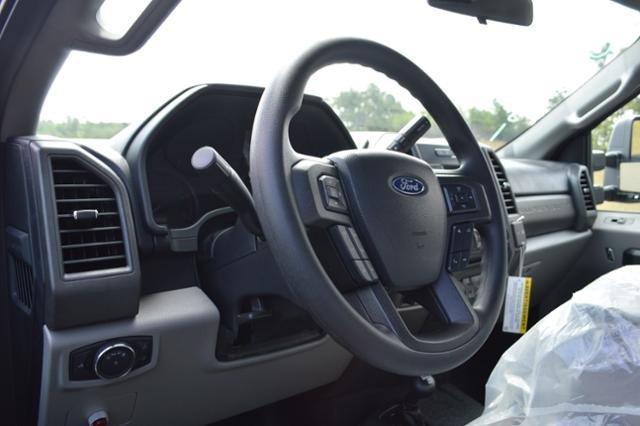 2018 F-550 Regular Cab DRW 4x4,  Reading Landscape Dump #N7387 - photo 14