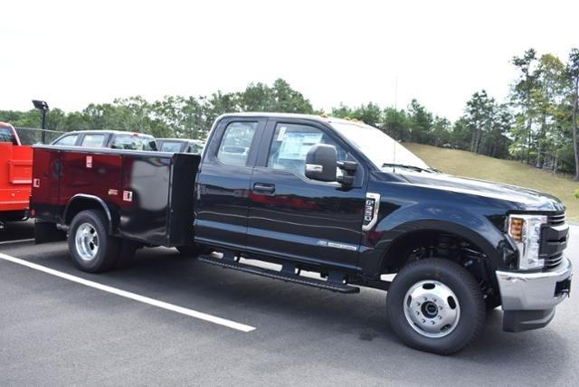 2018 F-350 Super Cab DRW 4x4,  Reading Service Body #N7395 - photo 3