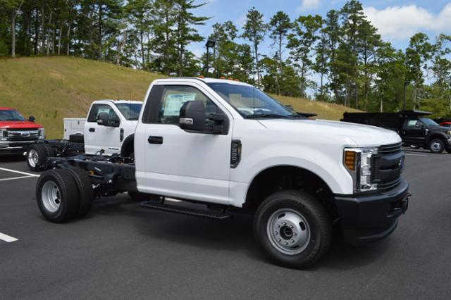 2018 F-350 Regular Cab DRW 4x4,  Cab Chassis #N7435 - photo 3