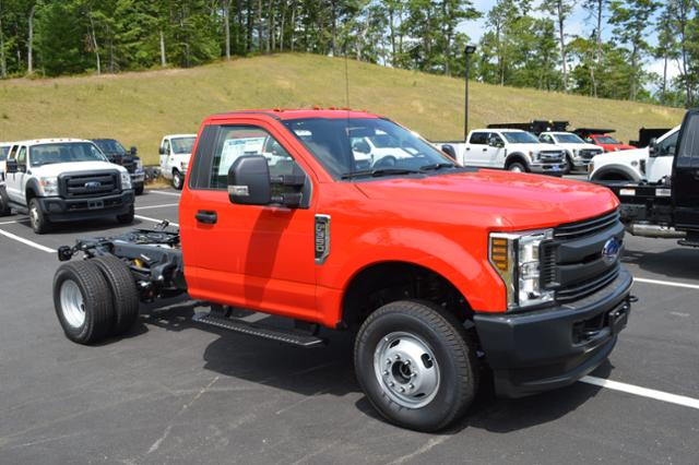 2018 F-350 Regular Cab DRW 4x4,  Cab Chassis #N7436 - photo 3