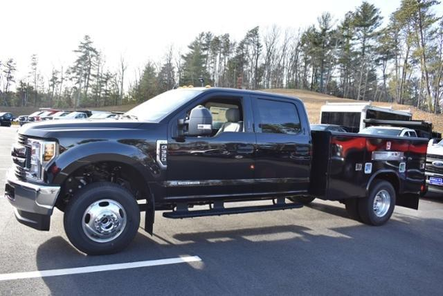 2019 F-350 Crew Cab DRW 4x4,  Reading Service Body #N7508 - photo 6