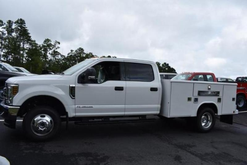 2019 F-350 Crew Cab DRW 4x4,  Reading Classic II Aluminum  Service Body #N7509 - photo 25