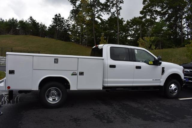 2019 F-350 Crew Cab DRW 4x4,  Reading Service Body #N7509 - photo 2