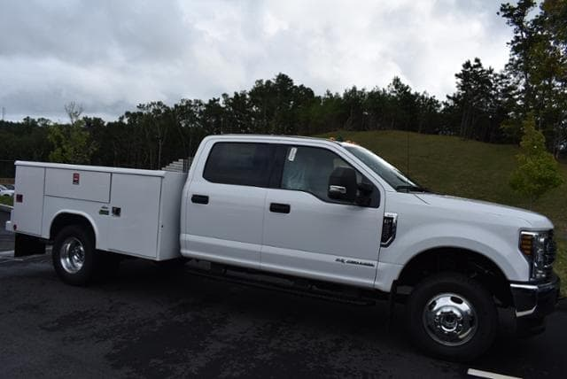 2019 F-350 Crew Cab DRW 4x4,  Reading Classic II Aluminum  Service Body #N7509 - photo 3