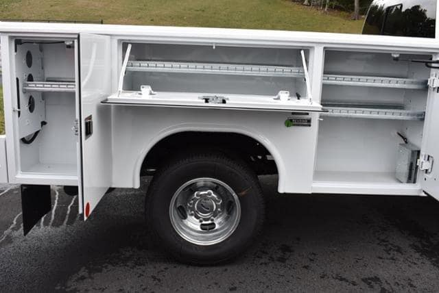 2019 F-350 Crew Cab DRW 4x4,  Reading Classic II Aluminum  Service Body #N7509 - photo 6