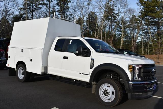 2018 F-550 Super Cab DRW 4x4,  Reading Panel Service Body #N7550 - photo 3