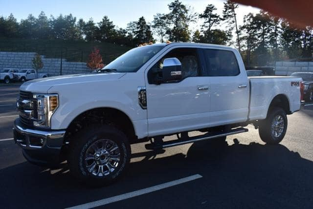 2019 F-250 Crew Cab 4x4, Pickup #N7626 - photo 4