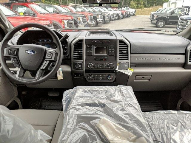 2019 F-350 Crew Cab DRW 4x4, Reading Classic II Aluminum  Service Body #N7643 - photo 4