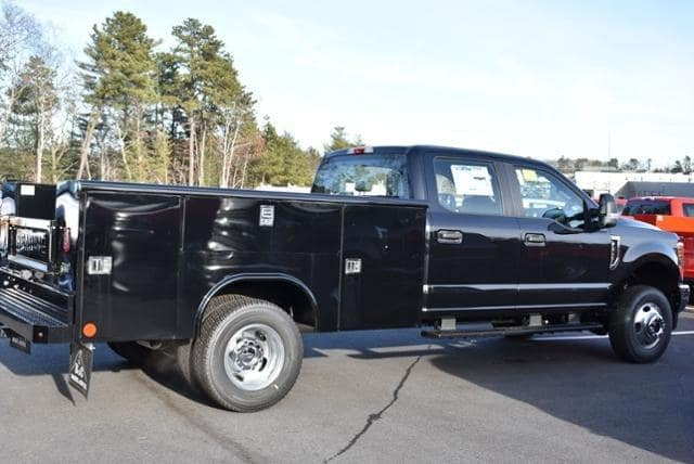 2019 F-350 Crew Cab DRW 4x4,  Reading Service Body #N7661 - photo 1