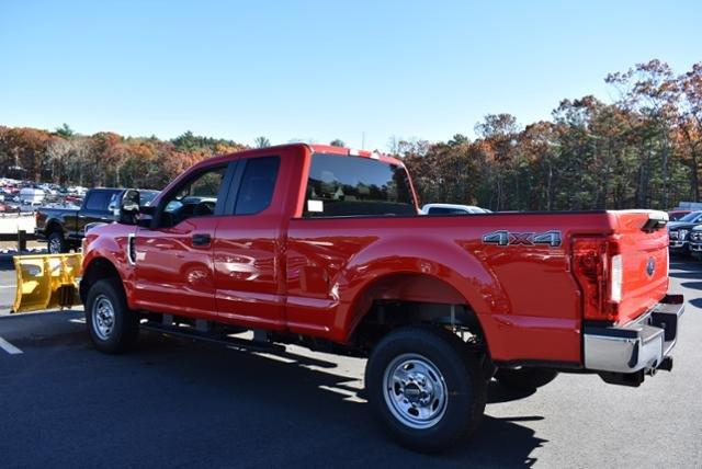 2019 F-250 Super Cab 4x4,  Fisher Snowplow Pickup #N7763 - photo 7