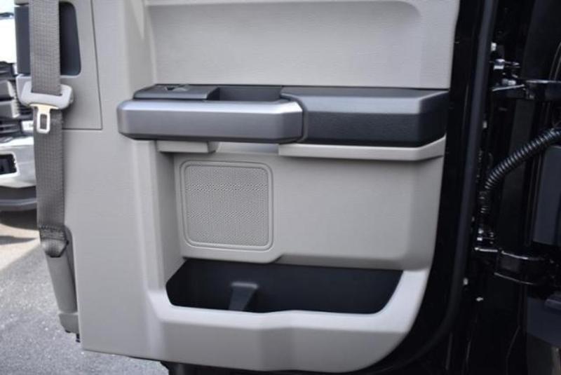 2019 F-450 Super Cab DRW 4x4,  Reading Classic II Aluminum  Service Body #N7799 - photo 33